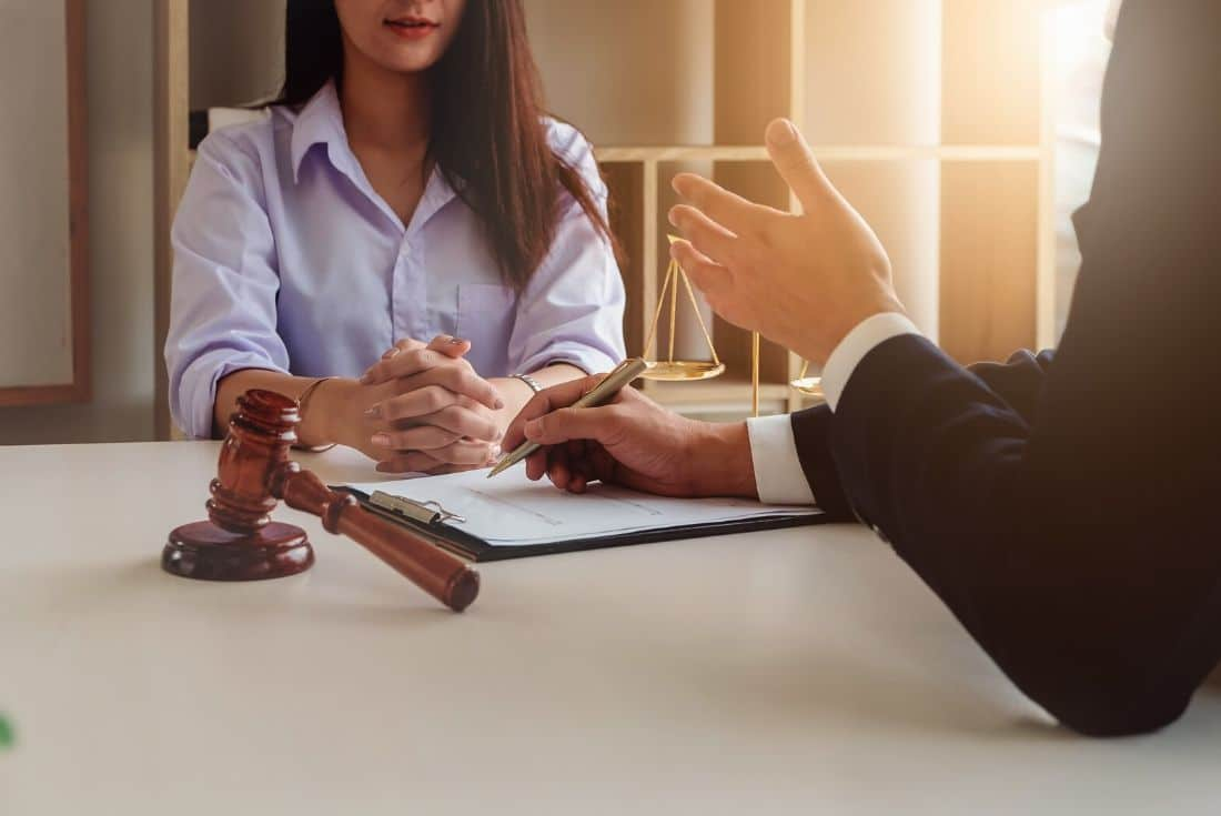 Questions to Ask Before Hiring a Divorce Lawyer